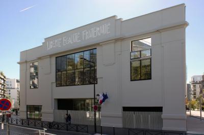 Fronton Renault, lycée neuf, boulogne, îlot du trapèze.