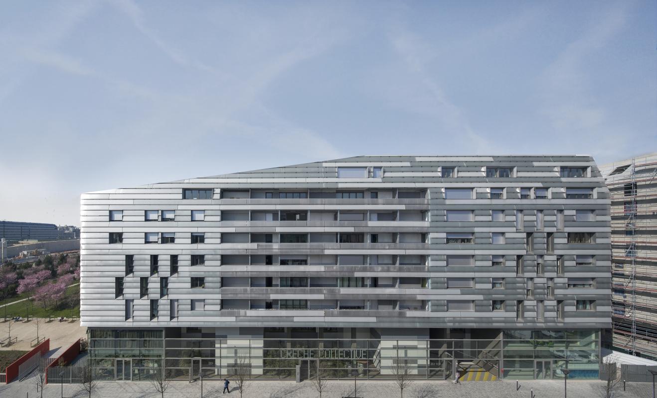 Immeuble de logements cardinet tess for Immeuble bureau architecture