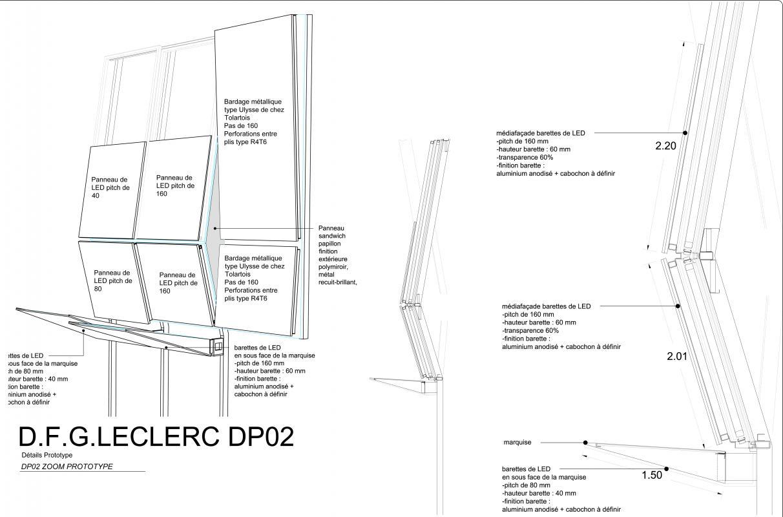 La façade est une double peau composé d'une façade vitrée couvert de panneau LED permettant un affichage dynamique.