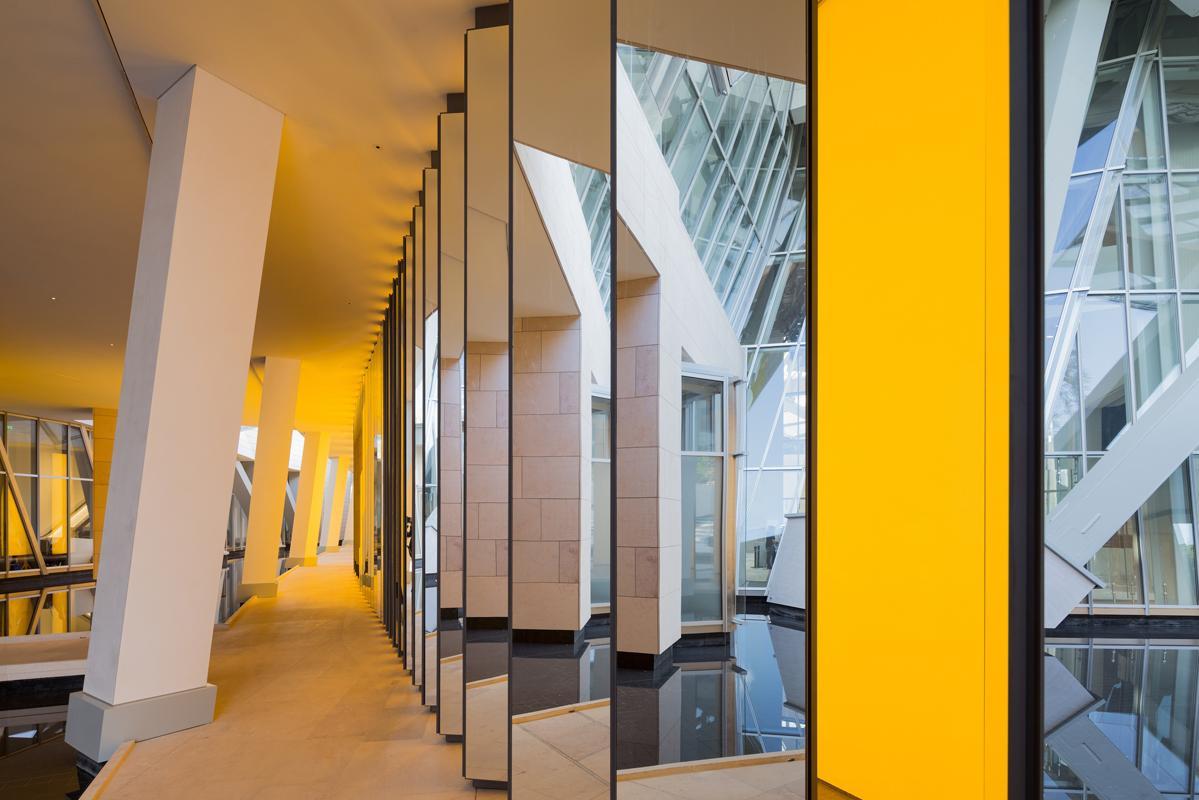 Inside the Horizon, Olafur Eliasson, prise depuis le Grotto de la Fondation Louis Vuitton