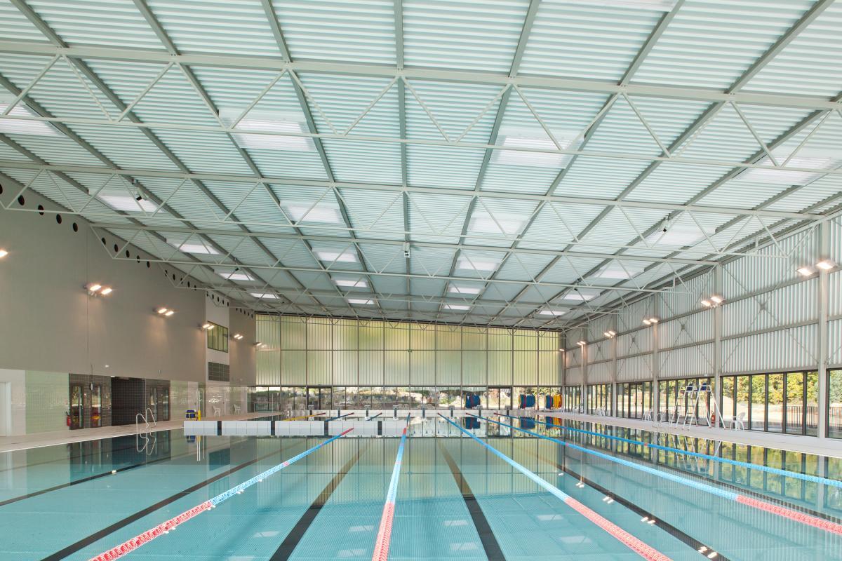 Campus sportif du c n s d tess for Piscine halle