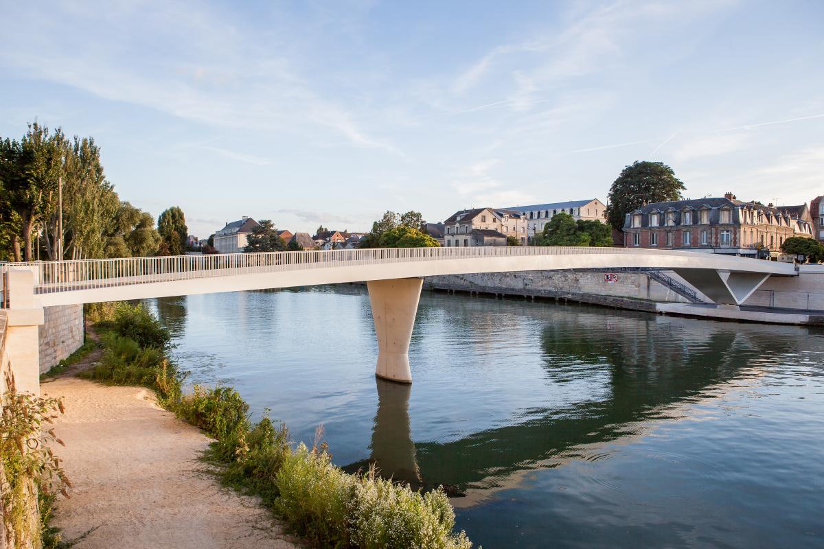 Nouvelle passerelle de Soissons