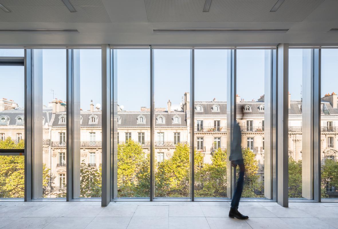 Vue intérieure d'un plateau 141, boulevard Haussmann