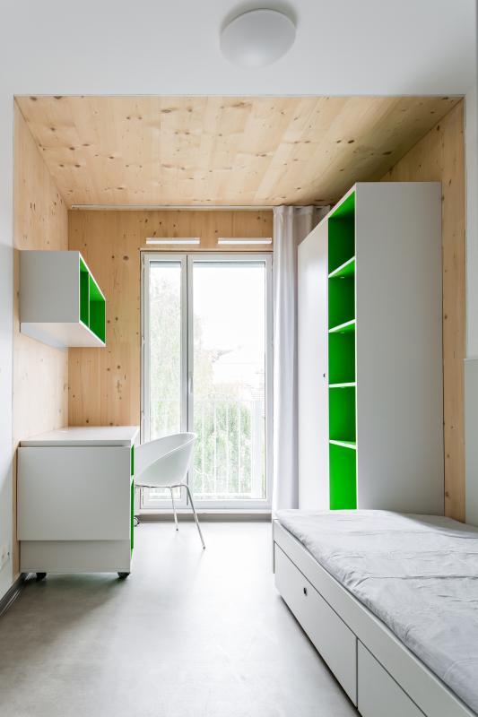 Intérieur d'un logement étudiant.